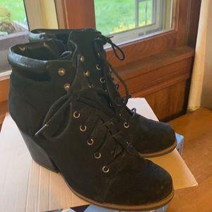Corky combat 👢 boots
